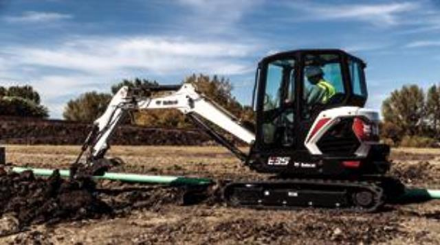 Where to find MINI EXCAVATOR BOBCAT E35 in Colorado Springs